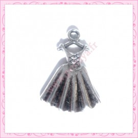 Lot de 15 breloques robe métal argentées 2cm