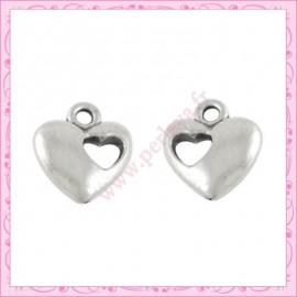 Lot de 15 breloques coeur en métal argentées 1.3cm