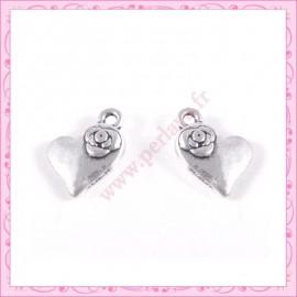 Lot de 15 breloques coeur en métal argentées 1.4cm