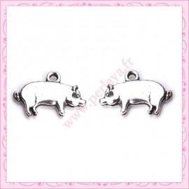 Lot de 15 breloques cochons en métal argentées 1.9cm
