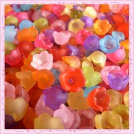 Mix de 100 fleurs lucite en acrylique