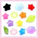 Perles lucite et fleurs