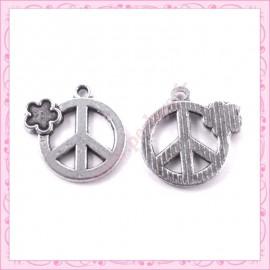 Lot de 15 breloques Peace en métal argentées 2.2cm