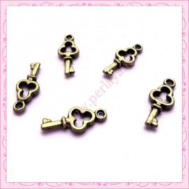 15 breloques clef en métal bronze 1.6cm