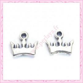 Lot de 15 breloques couronne en métal argentées 1.2cm