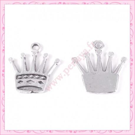 15 breloques couronne en métal argentées 2.5cm