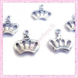 Lot de 15 breloques couronne en métal argentées 1.4cm