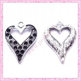 15 breloques coeurs argentées en métal
