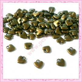 50 breloques coeurs bronze 7mm
