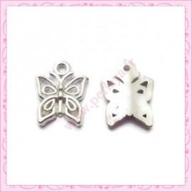Lot de 15 breloques papillon en métal argentées 1.5cm