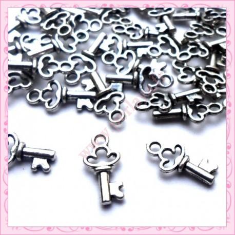50 breloques clefs argentées 16mm