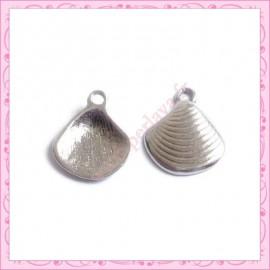 Lot de 15 breloques coquillage en métal argentées 1.5cm