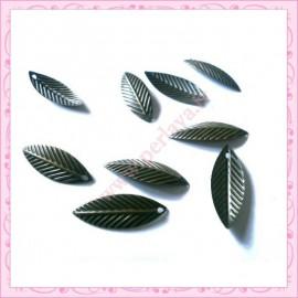 15 breloques feuille filigranée en métal bronze 2.1cm
