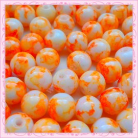 Lot de 100 perles en verre orange - blanche effet tacheté