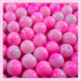 Lot de 100 perles en verre rose - blanc effet tacheté