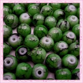 Lot de 100 perles en verre verte 8mm effet tacheté