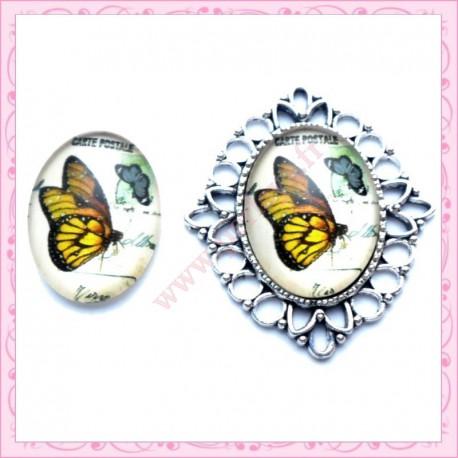 Cabochon en verre oval 18x25mm papillon