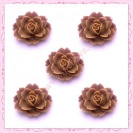 5 cabochons fleurs 18mm marron