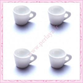 Lot de 3 cabochons tasse blanche en résine 1,8cm