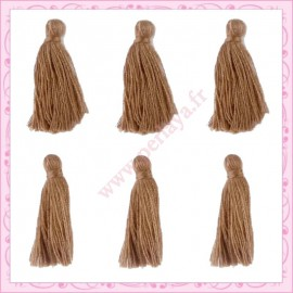 Lot de 20 pompons marron 3cm