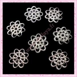 5 petites filigranes fleurs argentées foncés