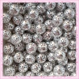 200 perles en métal filigranées 10mm argentées