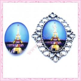 4 cabochons en verre oval 18x25mm Tour Eiffel