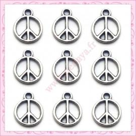 25 breloques Peace argentés en métal 1.2cm