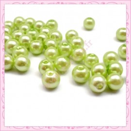 Lot de 50 perles en verre nacré 8mm vert pomme