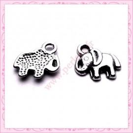Lot de 15 breloques éléphant en métal argentées 1.3cm