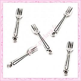 20 breloques fourchette en métal argentées 2,5cm