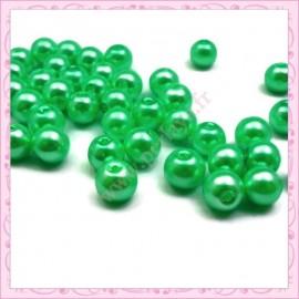 50 perles en verre nacré 8mm vert