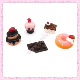 4 cabochons gourmands biscuit, donuts, bonhomme, biscuit chat