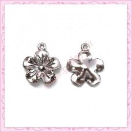 15 breloques fleurs 20mm argentées en métal