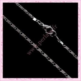 5 colliers ras de cou en chaine argentée foncée