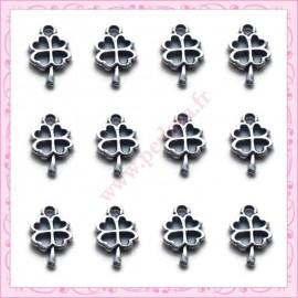 50 minis breloques trèfle en métal argentées 10mm