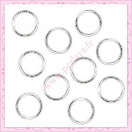 100 anneaux argentés 10mm en métal fil 0.9mm