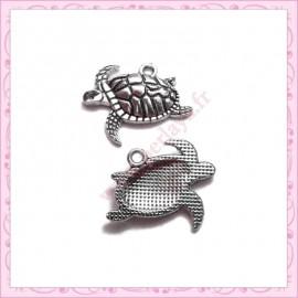 15 breloques tortue en métal argentées 2cm