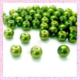 50 perles en verre nacrées 8mm vert